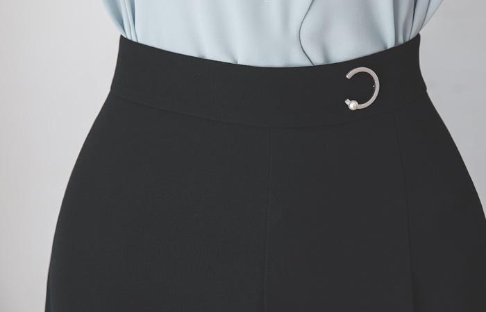 新月般 不规则 细褶 A字型 裙子