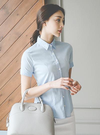 基本的修身棉弹力衬衫(短袖)