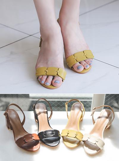 方形线条 日常 露跟高跟鞋