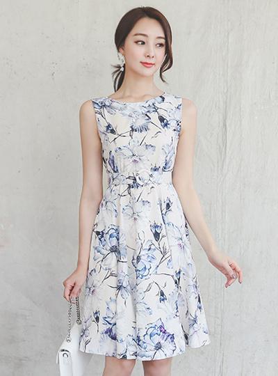 幻想片花纹缎子喇叭连衣裙