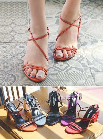 彩色纤细 皮条/束带 厚底 高跟凉鞋