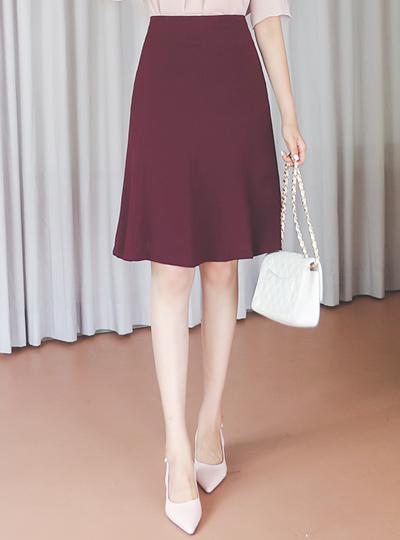 曲线 开叉线条 三角襟 A字型 裙子