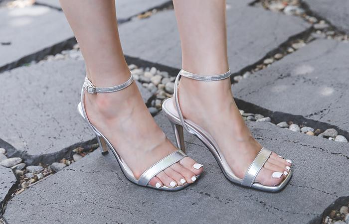 [模特穿37次]摩登 方形 漆皮 高跟凉鞋