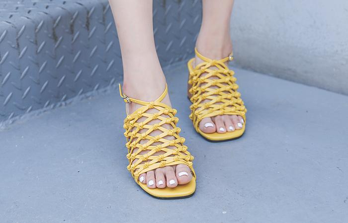 [模特穿37次]自然 网眼 凉鞋