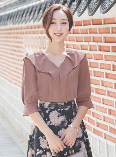 可爱 V字领 宽松袖 7分 罩衫