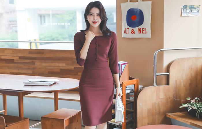 方领 豆扣 H字型 7分袖 连衣裙