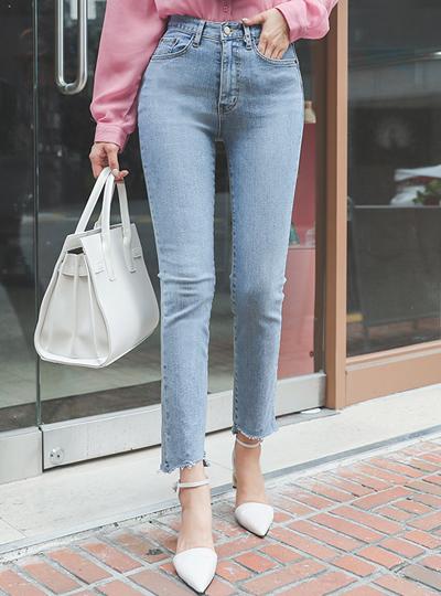 Light-Blue 半高腰 自然的剪裁 弹力 牛仔裤