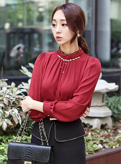 珍珠&褶皱 골드넥 罩衫