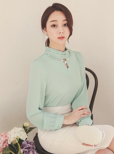 奢华裙大胆项链女衬衫