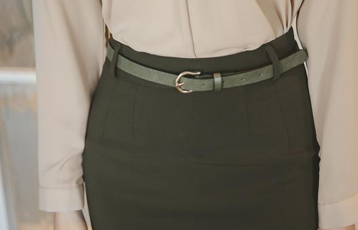 基本的MIDIħ线条裙子(下降)